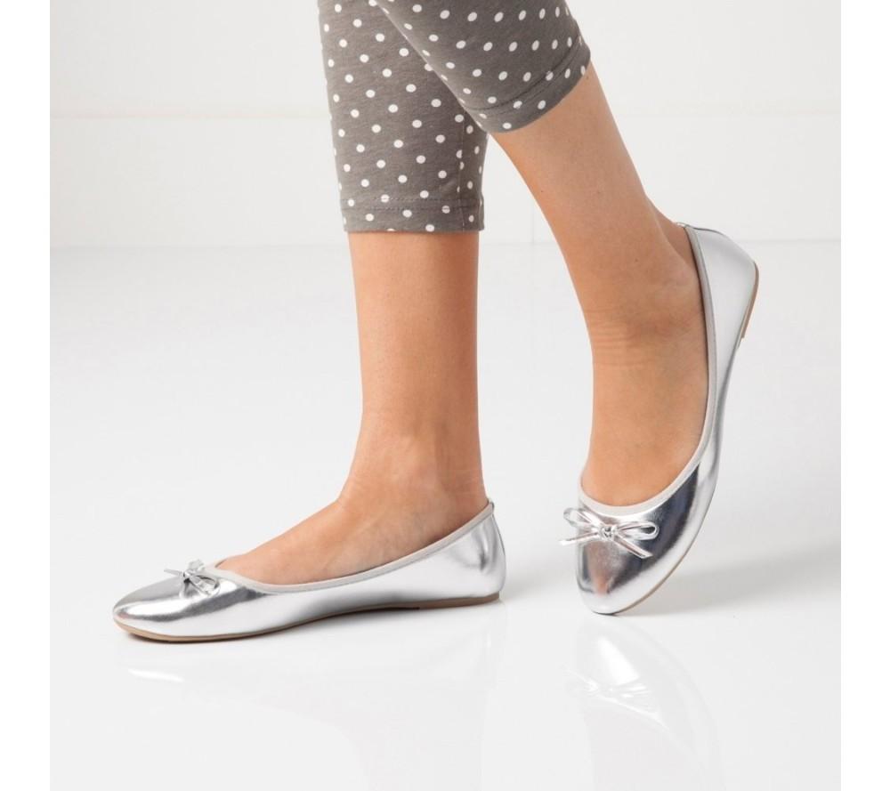 V jakých botech vkročit do letošního jara?
